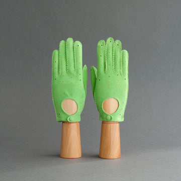 Ladies Unlined Driving Gloves From Green Reindeer Suede