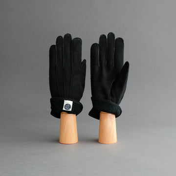 Gentlemen's Gloves From Black Curly Lambskin