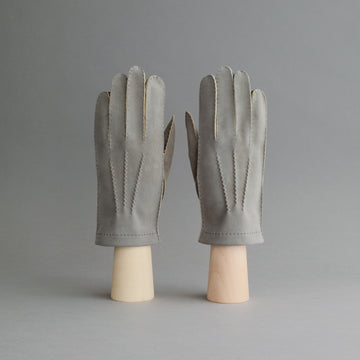 Gentlemen's Hand Sewn Unlined Gloves from Grey Doeskin