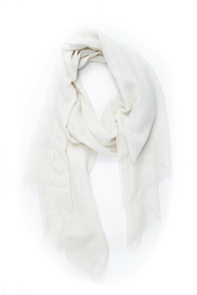 100% Cashmere Basic Scarf in Ivory