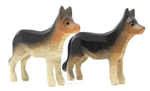 "German Shepherds, Pair of hand-carved - 1-1/2"" / Size Large"