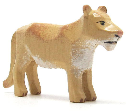"Lioness, hand-carved - 1-1/2"" / Size Large"