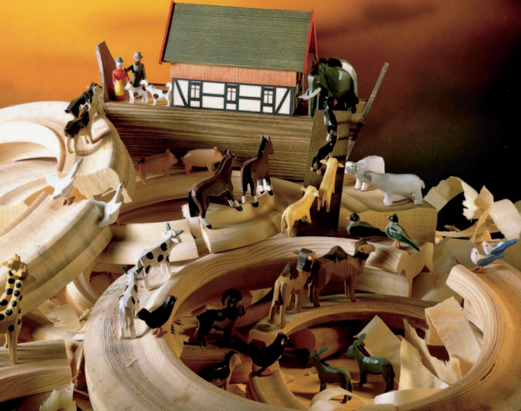 Noah's Ark with Animals / Size Small