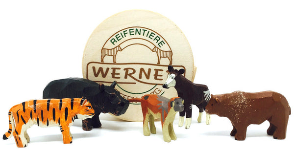 "Zoo Animals Set 2 (5 pieces) - 1"" to 1-1/2"" / hand-carved / with Wood Chip Gift Box / Size Small"