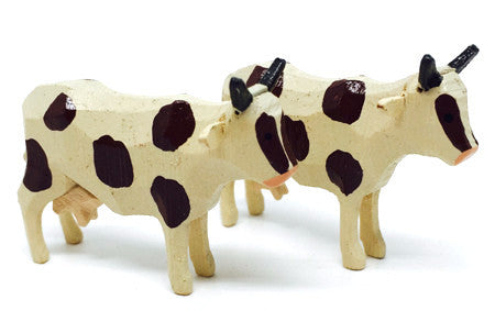 "Cows, Pair of hand-carved - 1-1/4"" / Size Small"