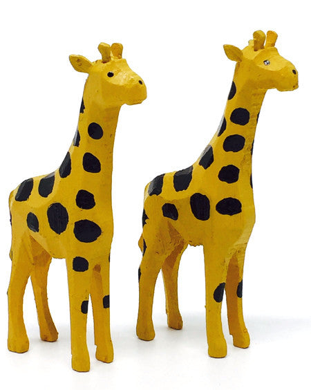 "Giraffes, Pair of hand-carved - 2-5/8"" / Size Small"