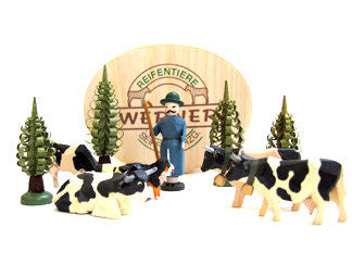 Set of Christian Werner black/white cattle/shepherd/trees with Wood Chip Gift Box (10 pieces)
