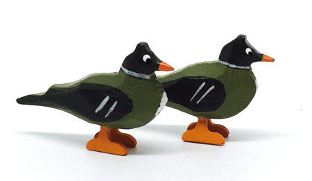 "Ducks, Pair of hand-carved - 1"" / Size Small"