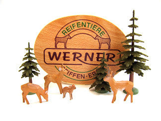 Set of Christian Werner 4 deer and trees with Wood Chip Gift Box (7 pieces)