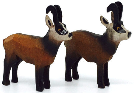 "Chamois, Pair of hand-carved - 1-1/2"" / Size Small"