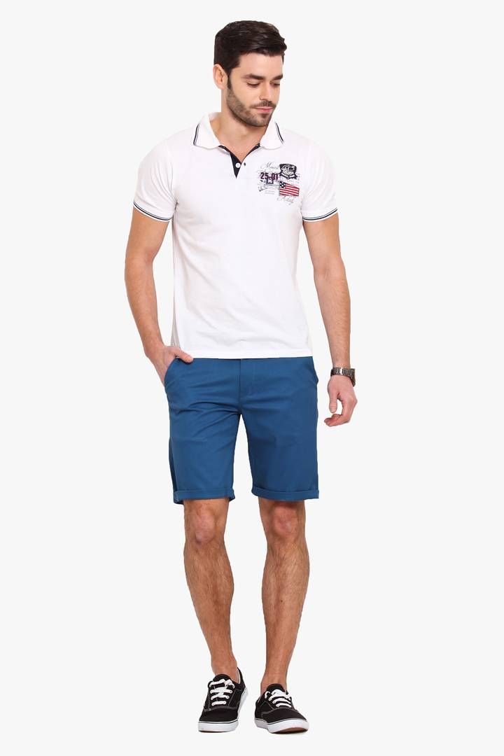 Stylish Cotton Blue Solid Slim Shorts For Men