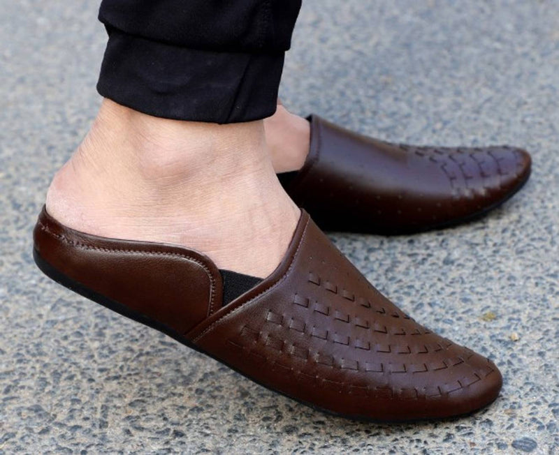 Trendy Brown Synthetic Mojari For Men