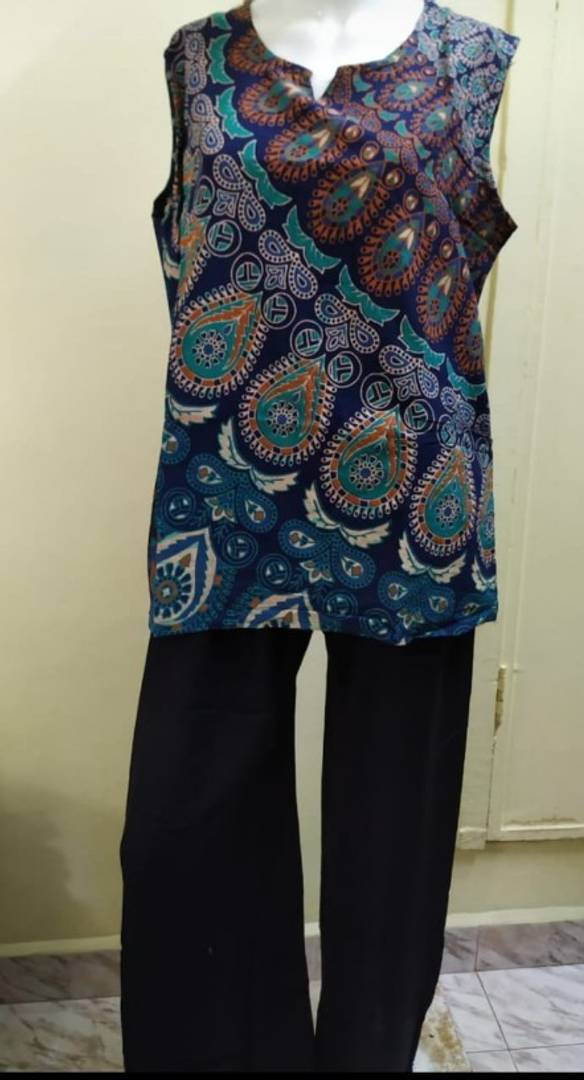 Stylish Cotton Printed Top With Solid Palazzo Set