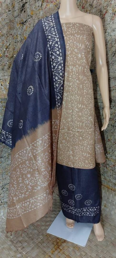 Alluring Women's Khadi Cotton Dress Material With Dupatta
