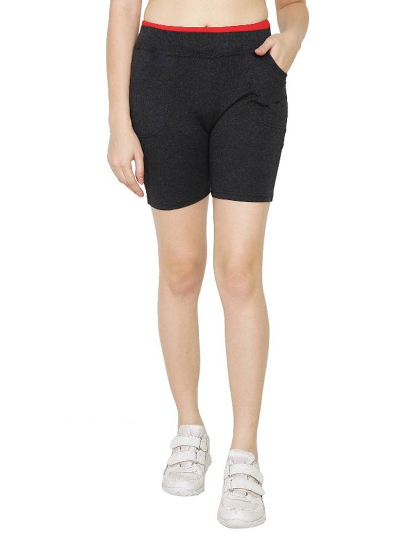 Stylish Black Cotton Solid Shorts For Women