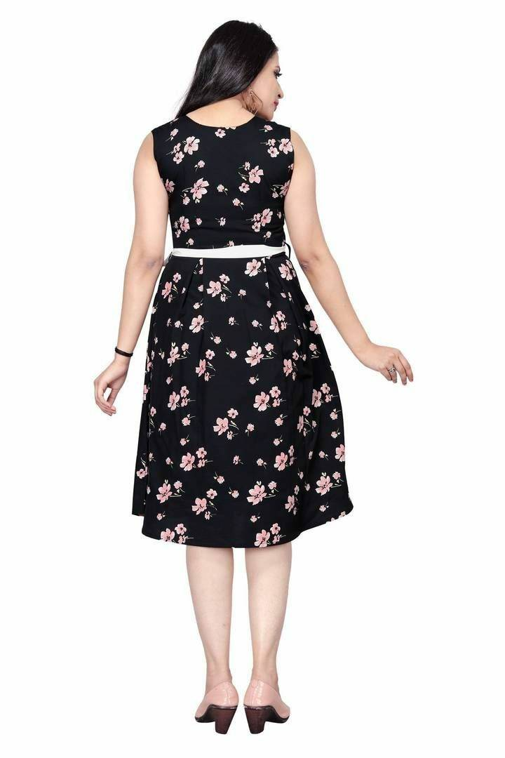 Stylish Black Floral Printed Casual Crepe Dress For Women