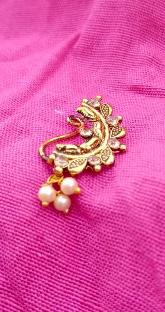 Beautiful Maharashtrian Nose Pin