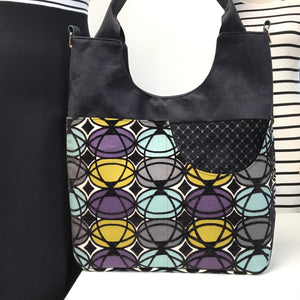 Extra Large Tote Geometric Pattern