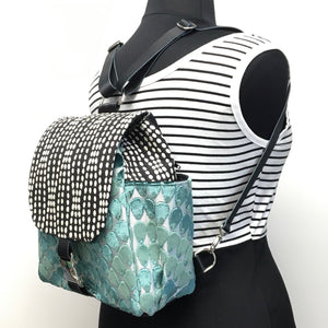 Backpack Blue/Green Mermaid Scales