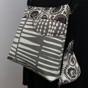 MIILK Bag/Mask Combo Folk Flower Stripes Grey/Cream/Black