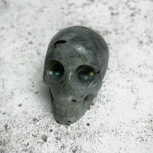 Load image into Gallery viewer, Labradorite Skull (90g)
