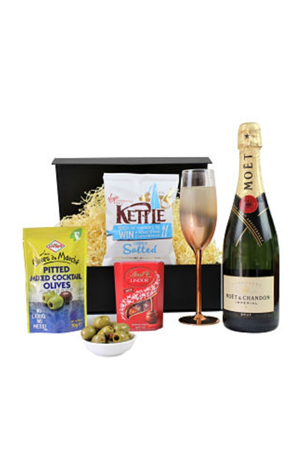 Champagne and Nibbles Gift Hamper