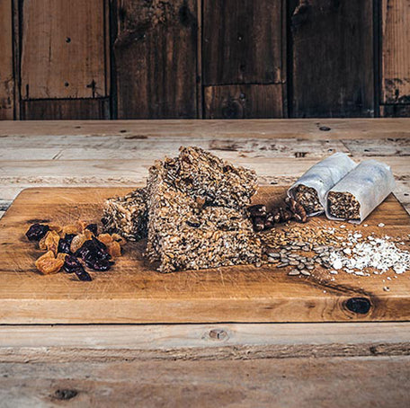 Apricot, cranberry and walnut cereal bar