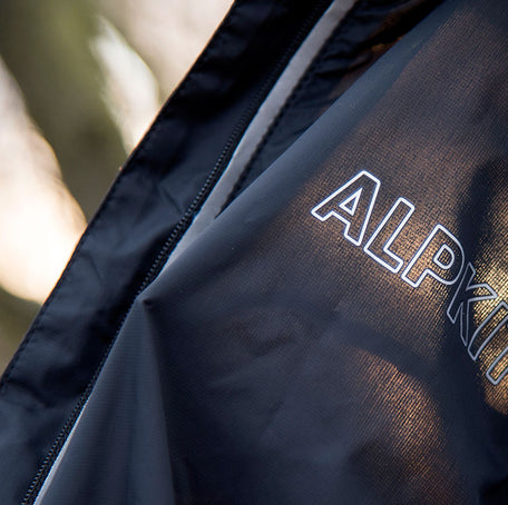Arro wind shell - lightweight, packable and versatile