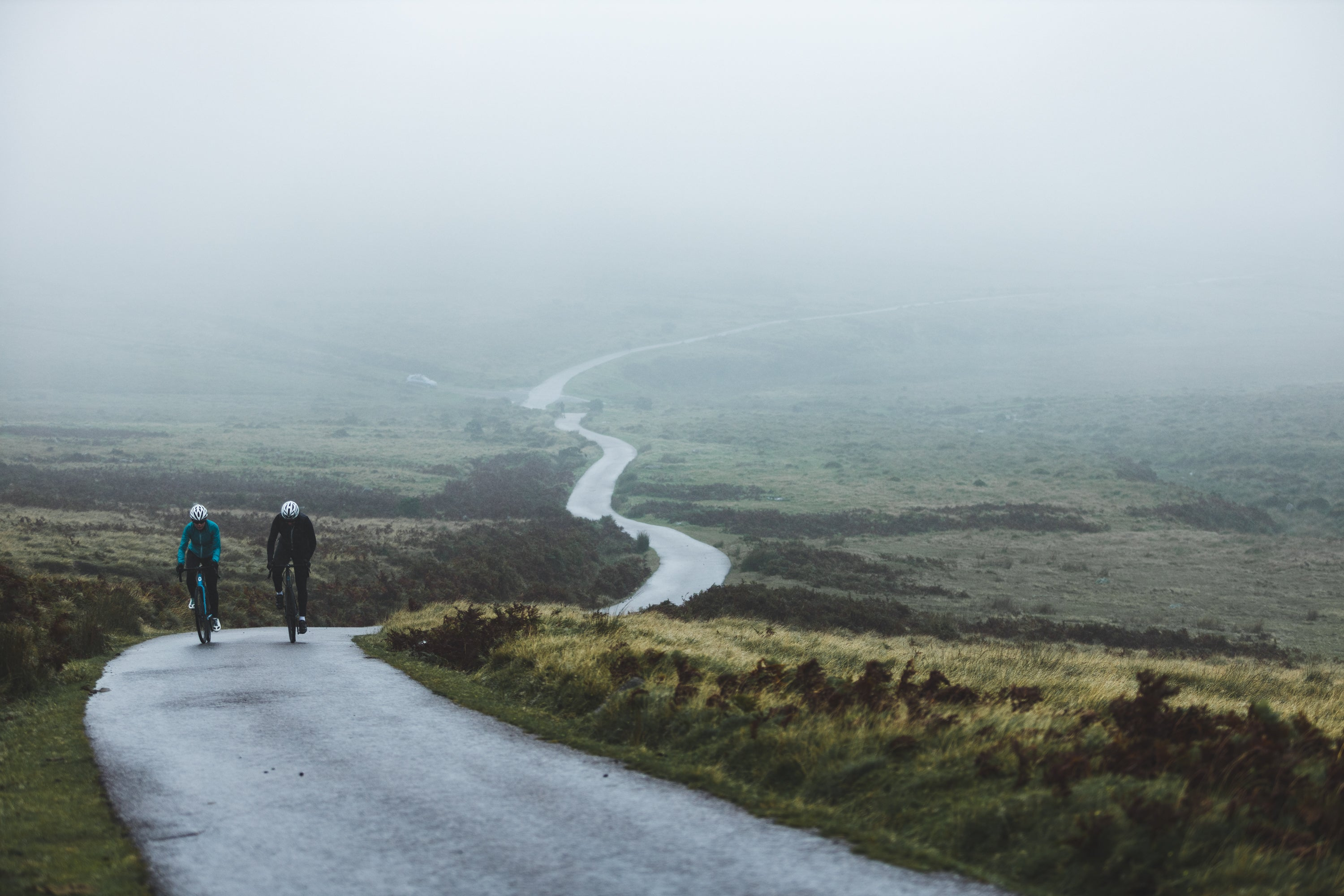 Road cycling in the Devon mist - How To Layer For Cycling