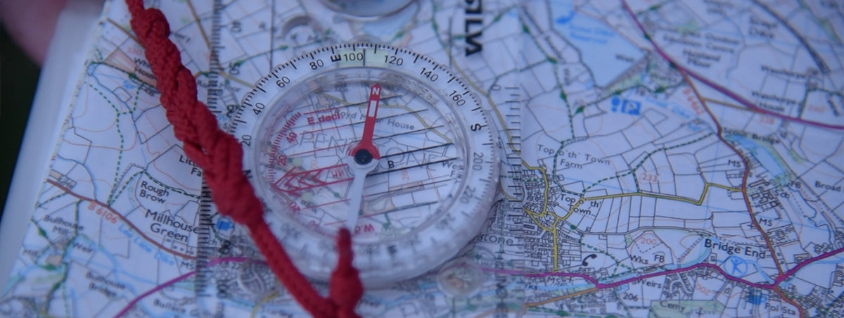 Navigating in low visibility with a compass