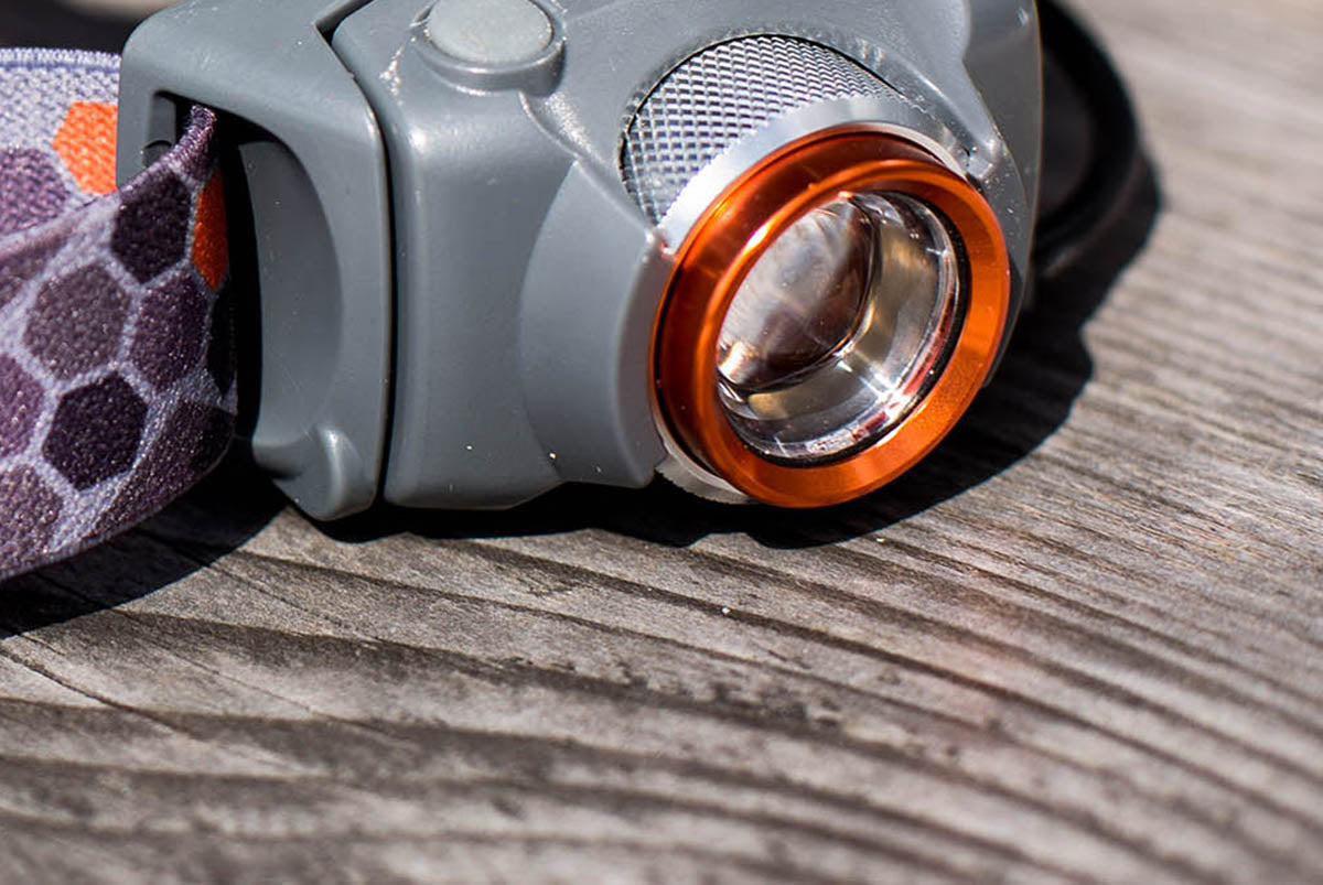 Manta head torch adjustable beam