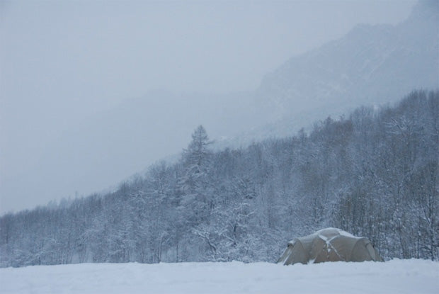 A Heksa Geodesic tent in the snow