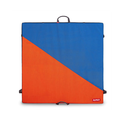 alpkit Phud bouldering mat in iron brew