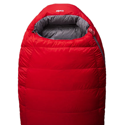 Skyehigh 900 4 season down sleeping bag in red
