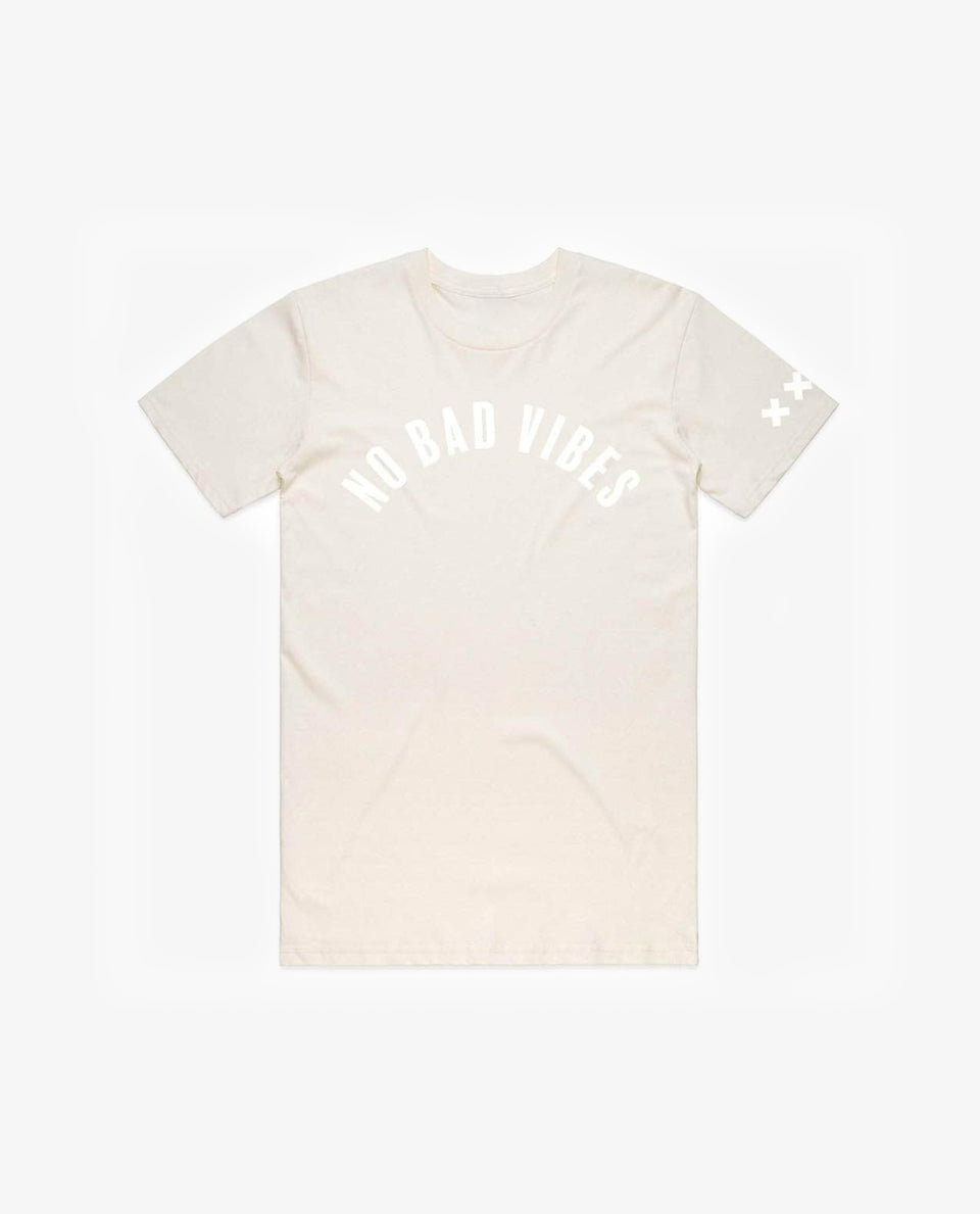 No bad vibes Tee Natural