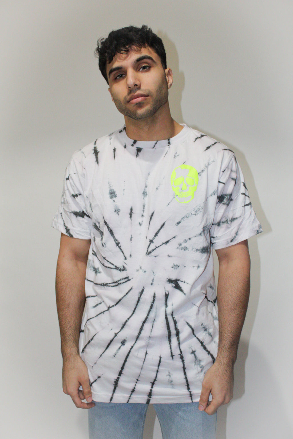 Kill Your Demons camiseta con efecto tie dye