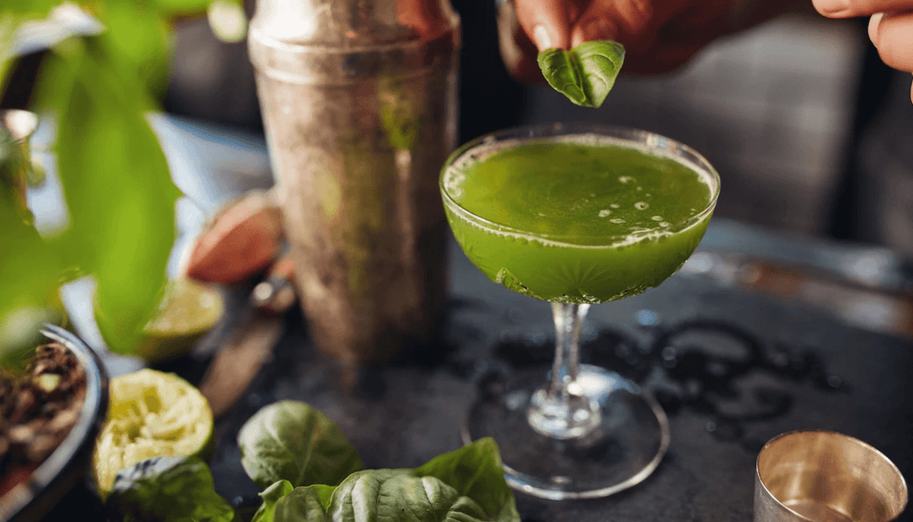 Watercress & basil gin smash