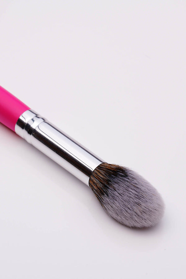 PC15 Cheek Definer Brush