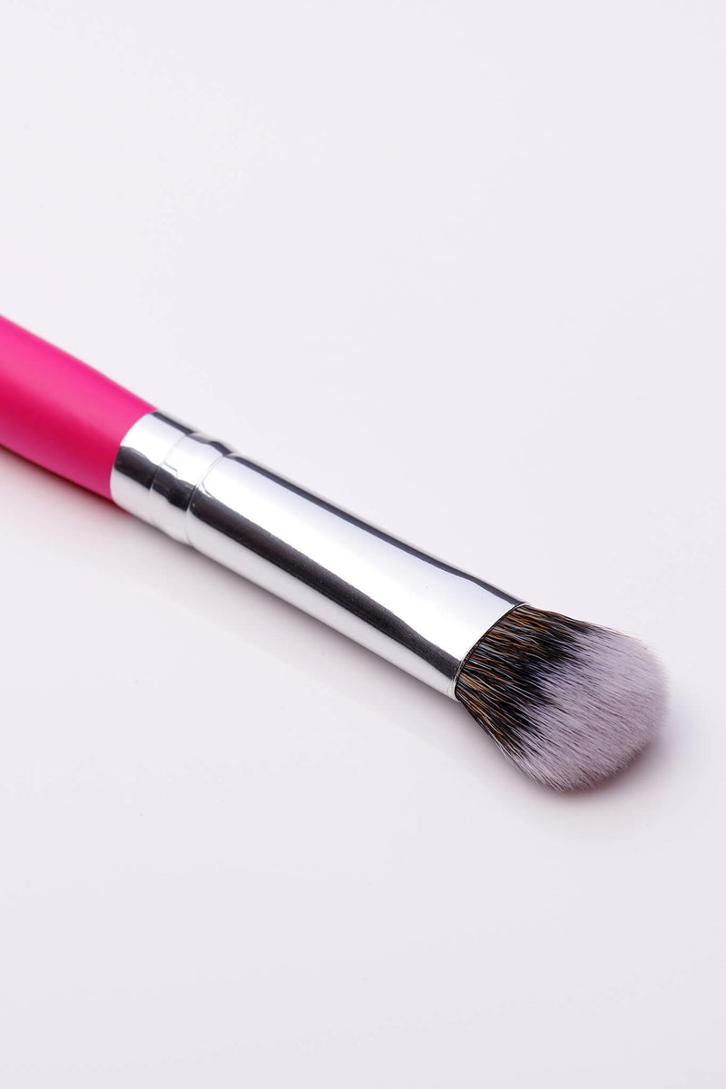 PC23 Large Eyeshadow Brush