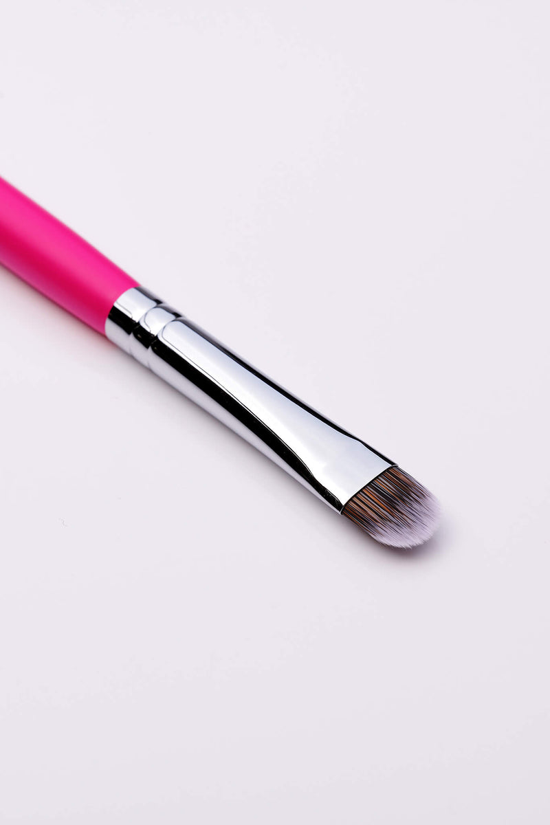 PC54 Small Flat Concealer Brush