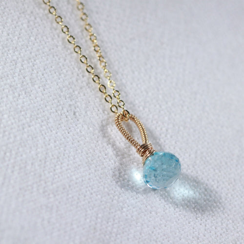 Swiss Blue Topaz onion Pendant Necklace in 14 kt Gold-Filled