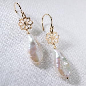 Freshwater Teardrop Pearl and hammered flower Earrings in 14 kt Gold Filled