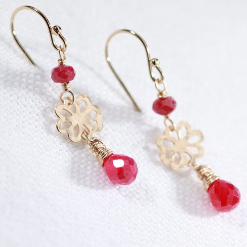 Ruby gemstone and hammered flower Earrings in 14 kt Gold Filled