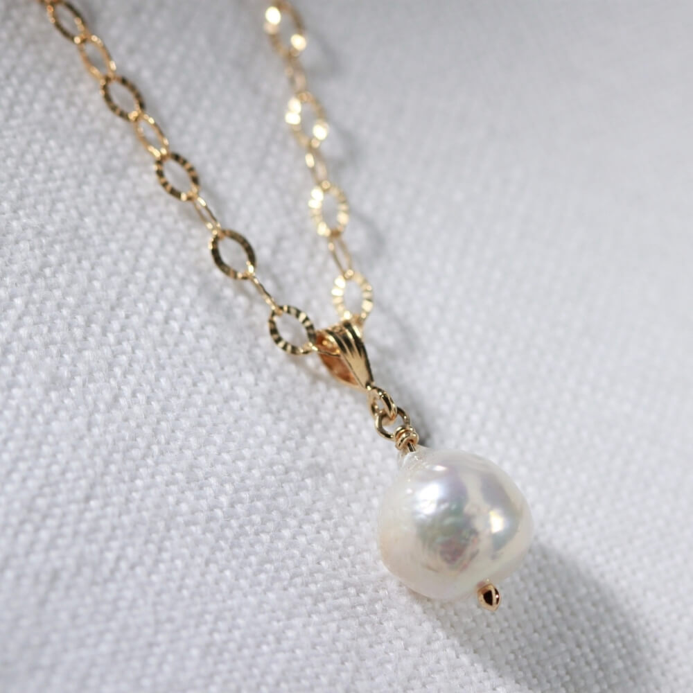Baroque Pearl Necklace in 14kt gold filled