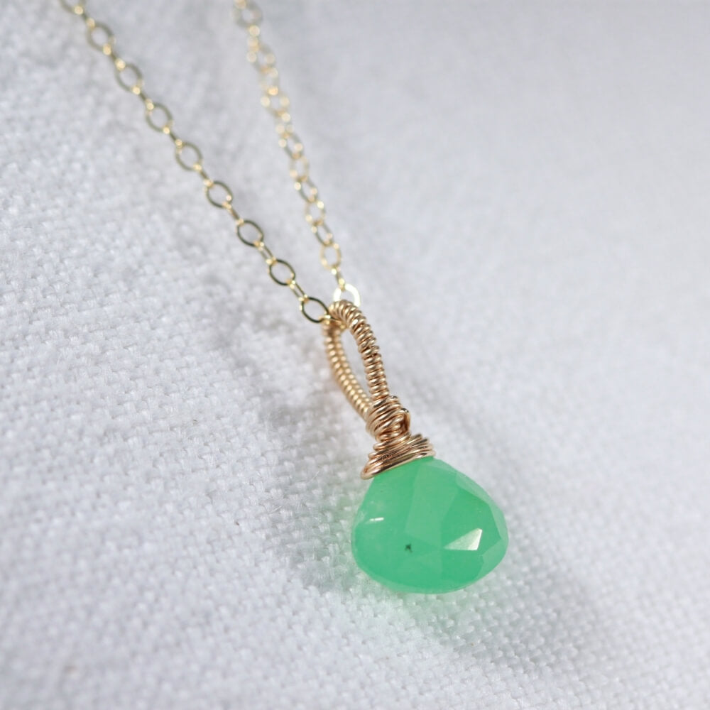 Chrysoprase Briolette gemstone pendant Necklace in 14 kt Gold-Filled