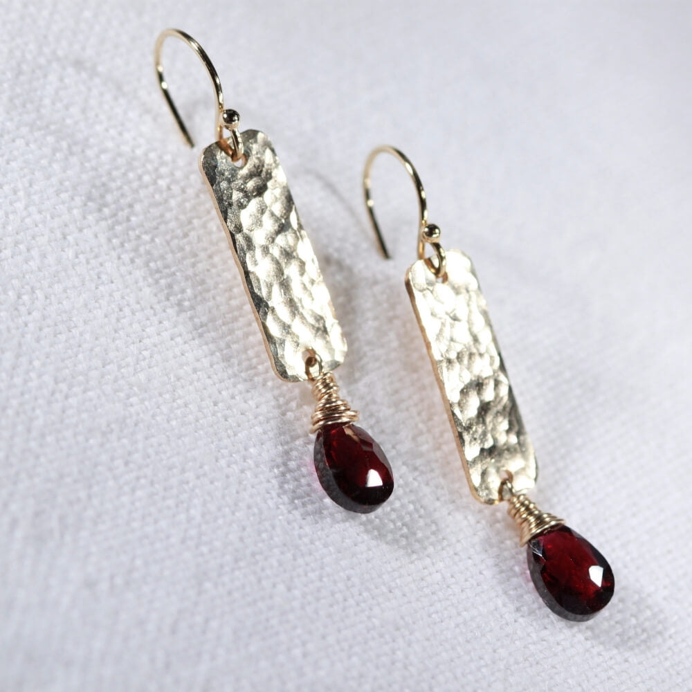 Garnet and Hammered Bar Earrings in 14 kt Gold Filled