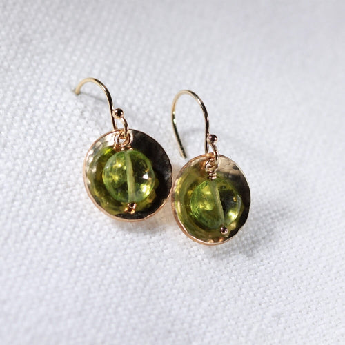 Peridot gemstone and Hammered disc Earrings in 14 kt Gold Filled