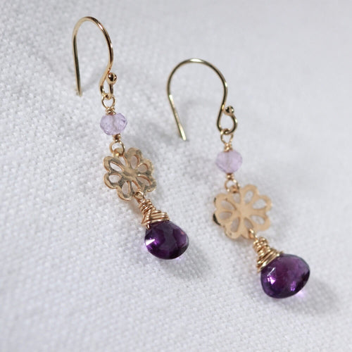 Amethyst and hammered flower Earrings in 14 kt Gold Filled