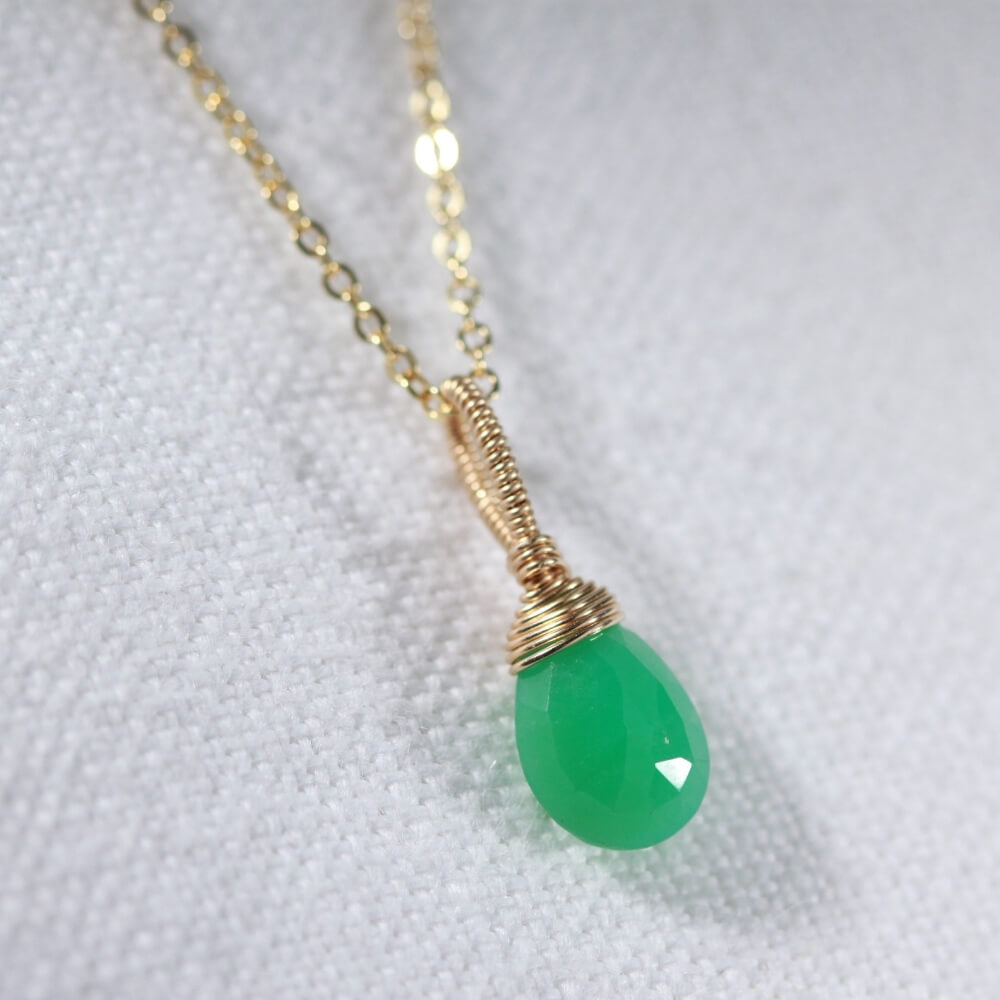 Chrysoprase Briolette drop gemstone pendant Necklace in 14 kt Gold-Filled