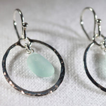 Load image into Gallery viewer, Hammered Circle Sea Glass Earrings in Silver